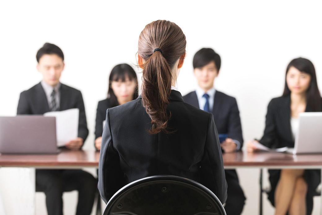 vestimenta adecuada para una entrevista de trabajo en Japón
