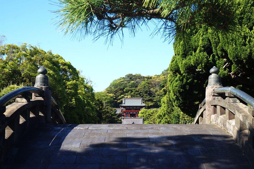 Templo budista en la ciudad costera de Kamakura