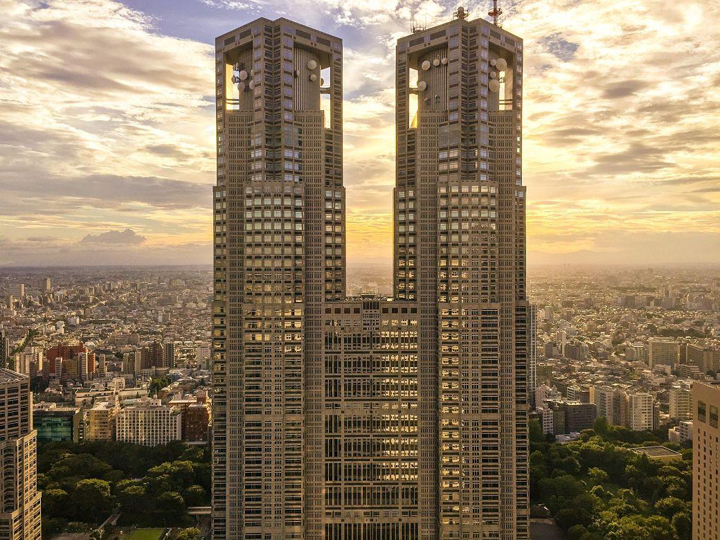 Qué visitar en Tokio por primeravez, edificio Tochô para ver el skyline de la ciudad