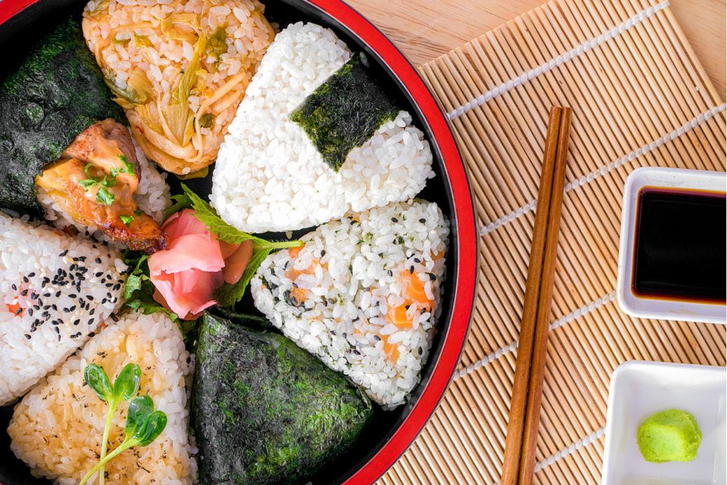 Recetas japonesas con arroz, Onigiri