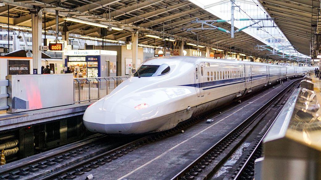 Shinkansen o tren de alta velocidad japonés