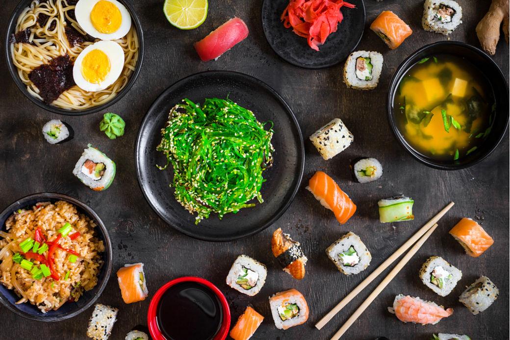 comer barato en Japón, distintos platos