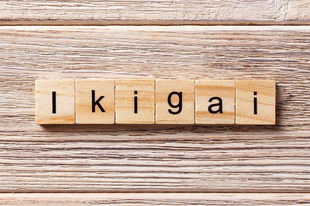 concepto ikigai compuesto de letras scrable